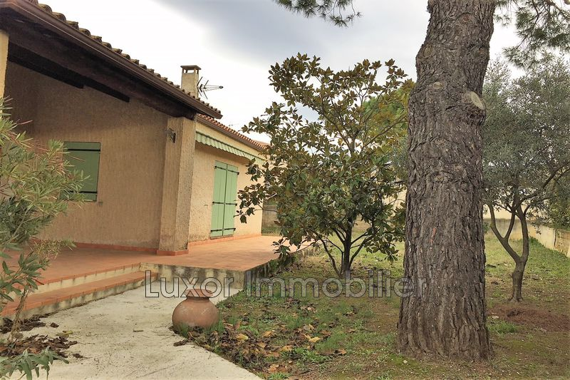 Villa Pertuis   to buy villa  4 bedroom   120 m²
