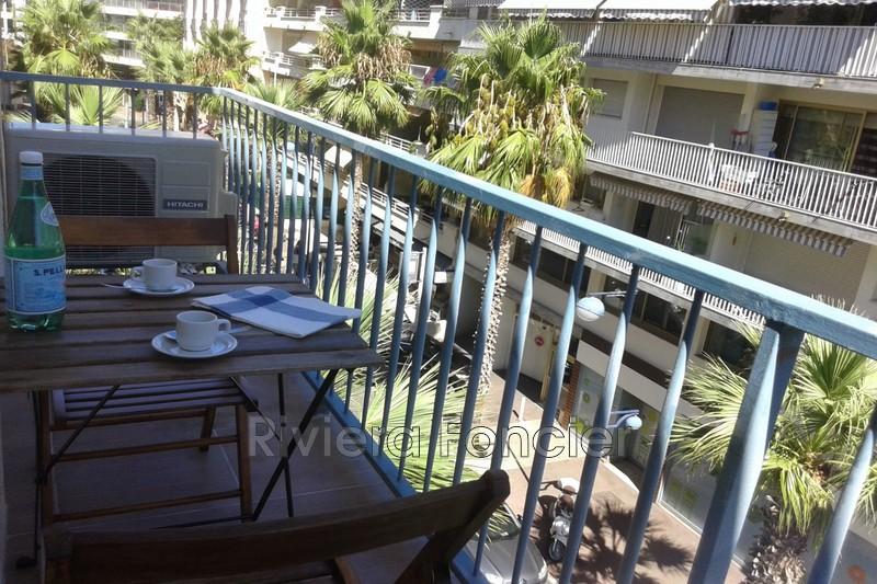 Photo Apartment Juan-les-Pins Proche plages,   to buy apartment  2 room   32 m²