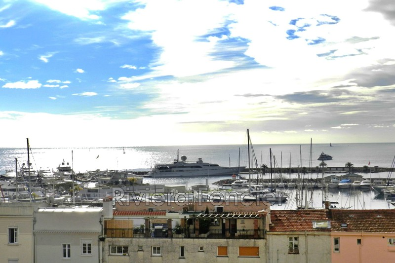 Photo Apartment Golfe-Juan Front de mer,   to buy apartment  3 rooms   56 m²