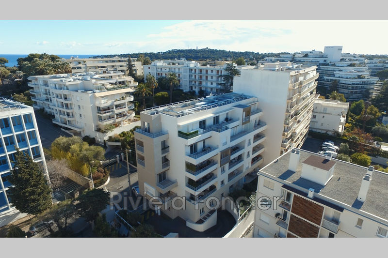 Apartment Juan-les-Pins Centre-ville,   to buy apartment  4 rooms   100 m²