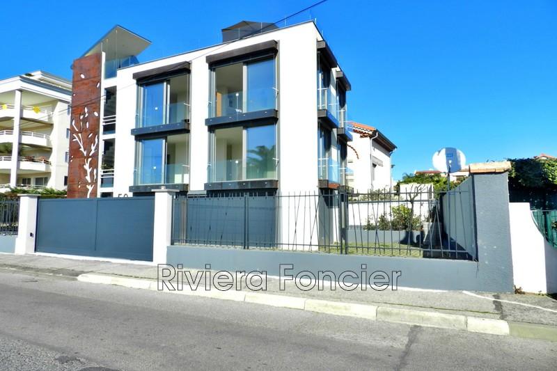 Idéal investisseur Juan-les-Pins Front de mer,   achat idéal investisseur  5 chambres   120m²