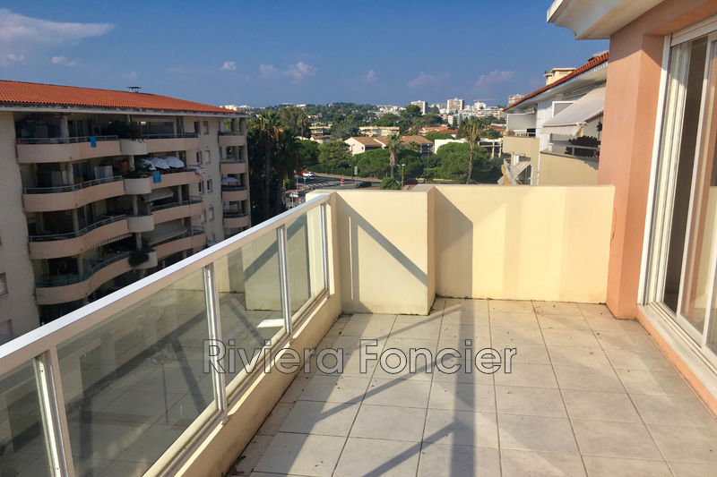 Photo Apartment Antibes Proche plages,   to buy apartment  3 rooms   65 m²