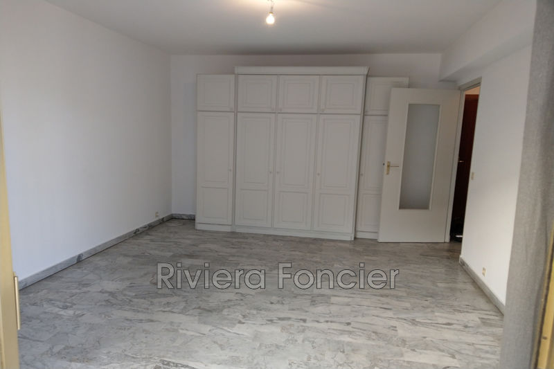 Photo Appartement Antibes Centre-ville,   achat appartement  1 pièce   33 m²