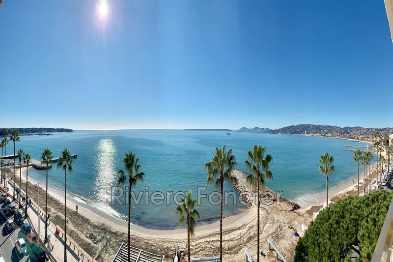 Apartment Juan-les-Pins Front de mer,   to buy apartment  5 rooms   127 m²