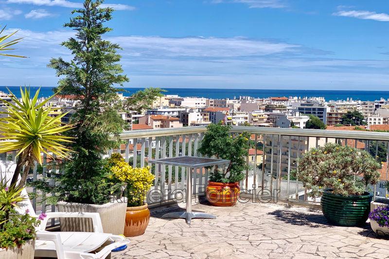 Photo Appartement Antibes Centre-ville,   achat appartement  4 pièces   130m²