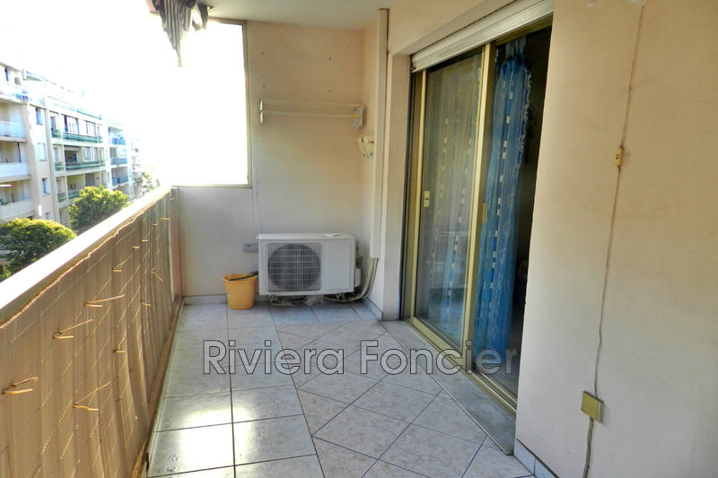 Apartment Juan-les-Pins Proche plages,   to buy apartment  1 room   32 m²