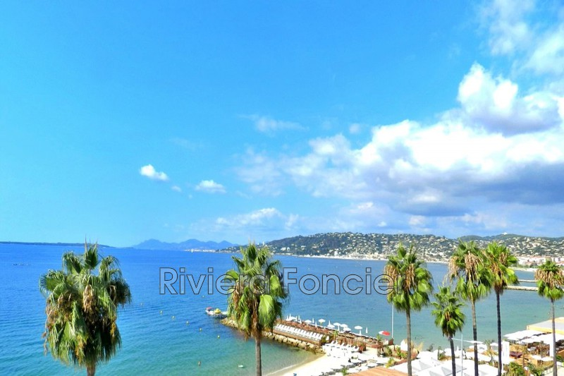 Apartment Juan-les-Pins Front de mer,   to buy apartment  2 rooms   63 m²