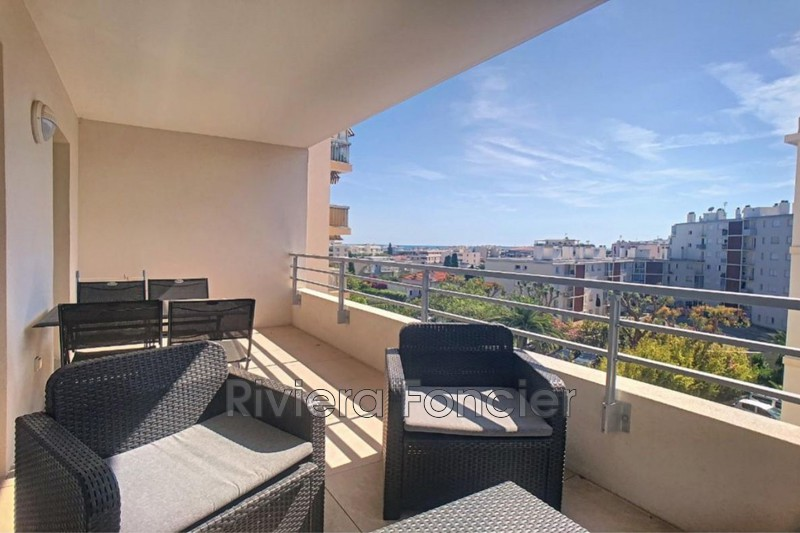 Apartment Juan-les-Pins Proche plages,   to buy apartment  2 rooms   44 m²
