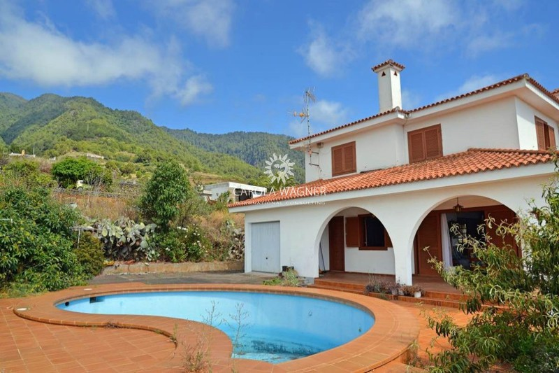Villa Santa Cruz de la Palma La palma,   to buy villa  4 bedroom   213 m²