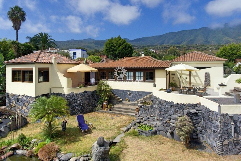 Villa Brena Baja La palma,   to buy villa  3 bedroom   247 m²