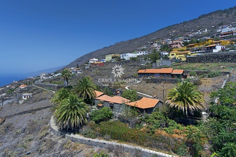 Photo Country house Fuencaliente La palma,   to buy country house  3 bedroom   230 m²