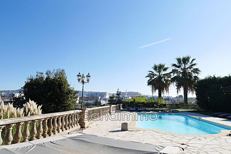 Photo Villa Cannes 06,   achat villa  8 chambres   282m²