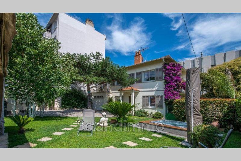 Photo Maison Antibes Centre-ville,   achat maison  4 chambres   160m²