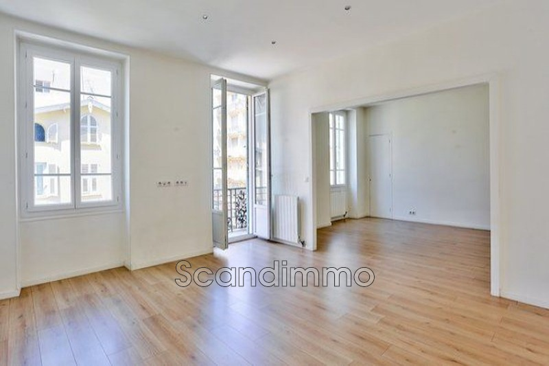 Photo Appartement Nice Centre-ville,   achat appartement  4 pièces   106m²