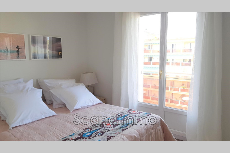 Photo n°5 - Vente appartement Cannes 06400 - 235 000 €