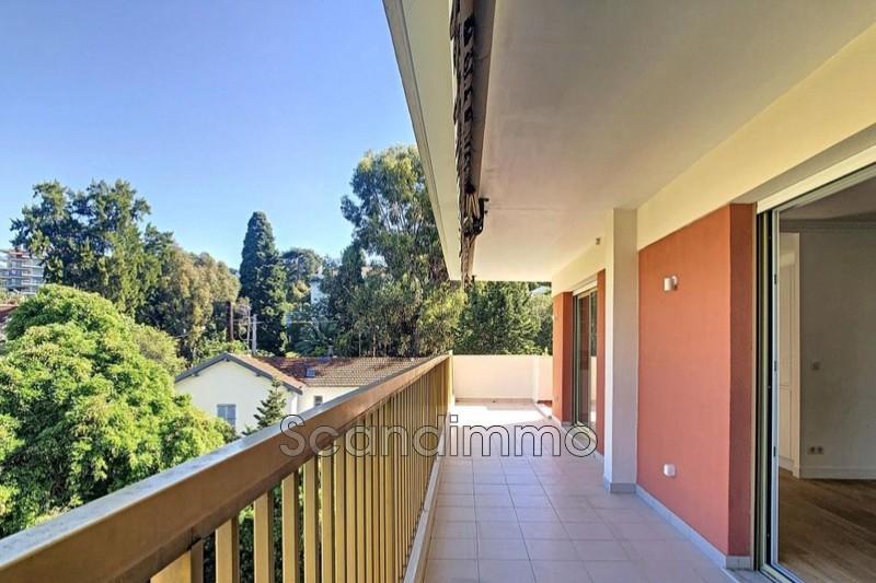 Photo Appartement Cannes Centre-ville,   achat appartement  3 pièces   81m²
