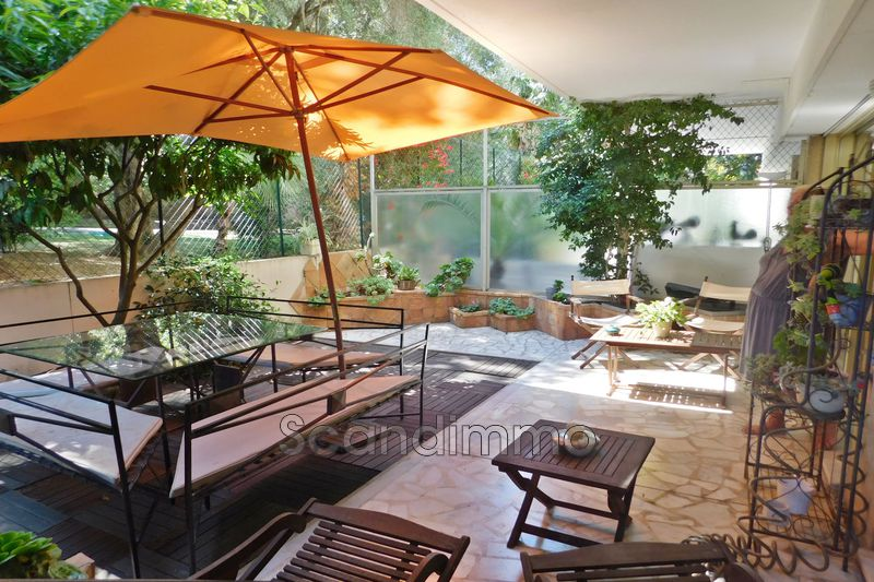 Photo Appartement Cannes Montfleury,   achat appartement  2 pièces   85m²