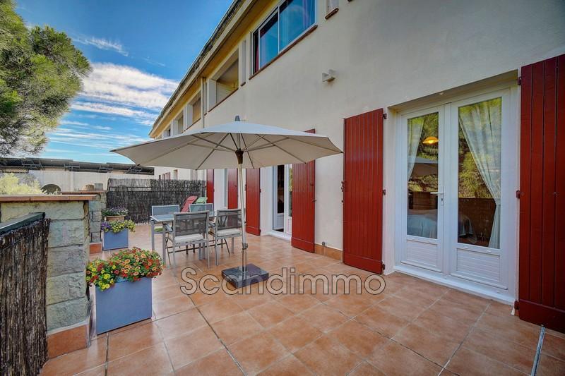 Photo Appartement Fréjus Centre-ville,   achat appartement  3 pièces   56m²