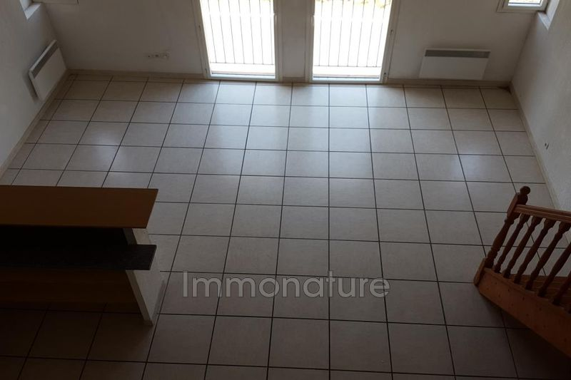 Photo Appartement Laroque  Location appartement  4 pièces   87 m²