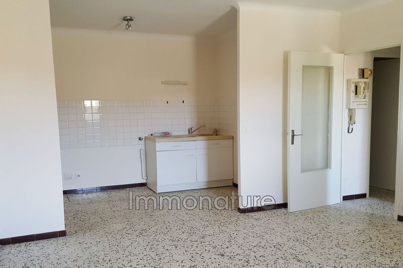 Photo n°1 - Location appartement Ganges 34190 - 396 €