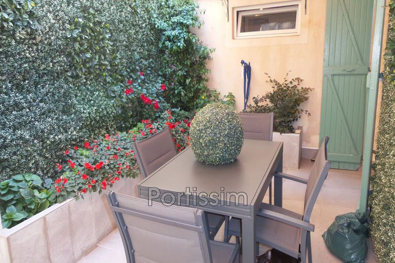 Photo Townhouse Cagnes-sur-Mer Centre-ville,   to buy townhouse  3 bedroom   130 m²