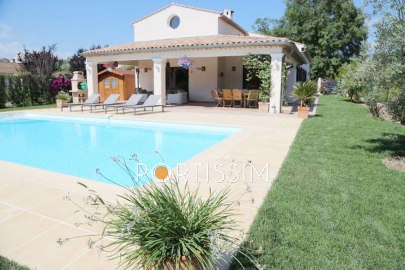 Photo Villa Villeneuve-Loubet Village,   achat villa  5 chambres   200m²
