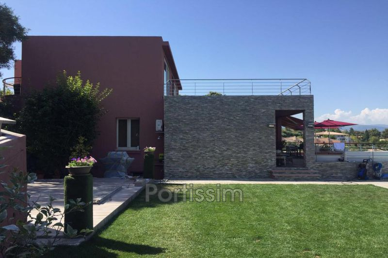 Villa Antibes Proche centre,   to buy villa  5 bedroom   280 m²