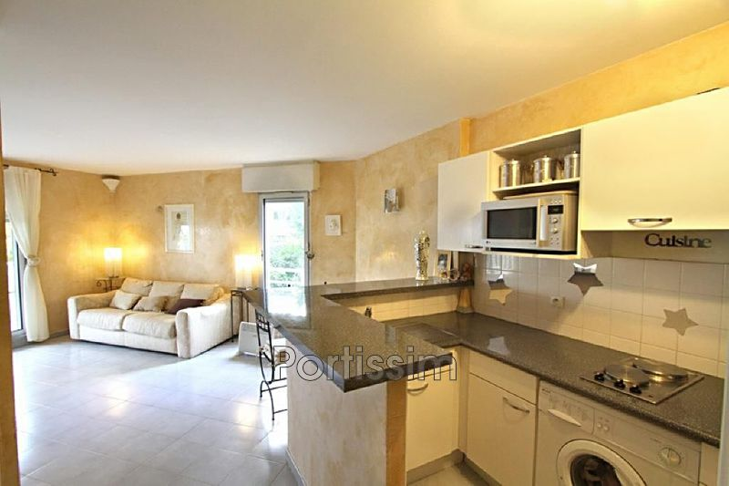 Apartment Saint-Laurent-du-Var Plateaux fleuris,   to buy apartment  2 rooms   37 m²