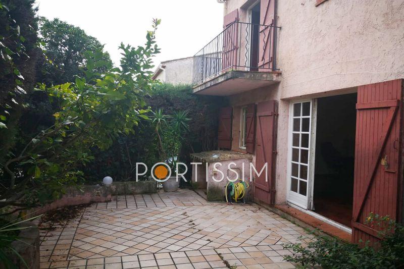House Villeneuve-Loubet   to buy house  4 bedroom   104m²