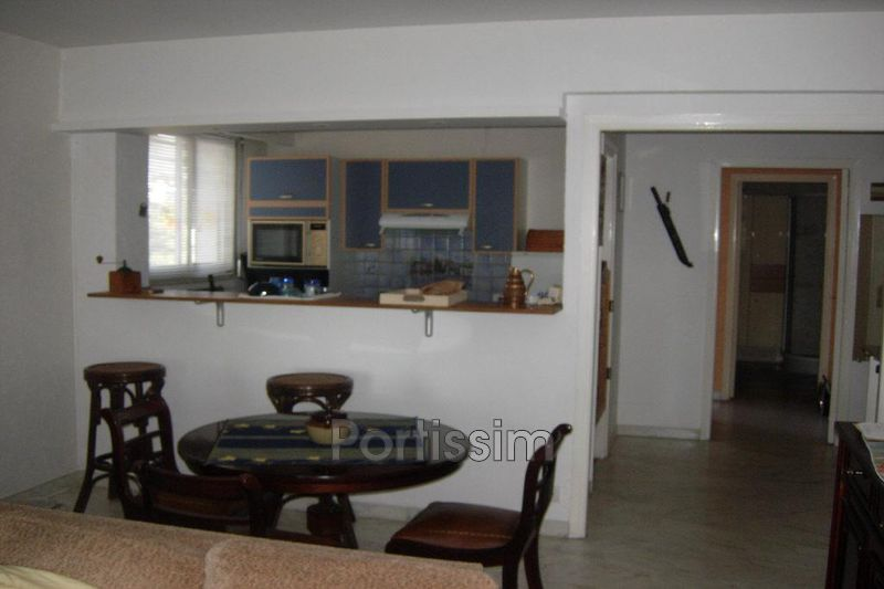 Photo n°3 - Vente appartement Saint-Laurent-du-Var 06700 - 270 000 €