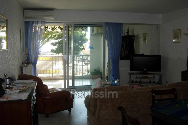 Photo n°4 - Vente appartement Saint-Laurent-du-Var 06700 - 270 000 €