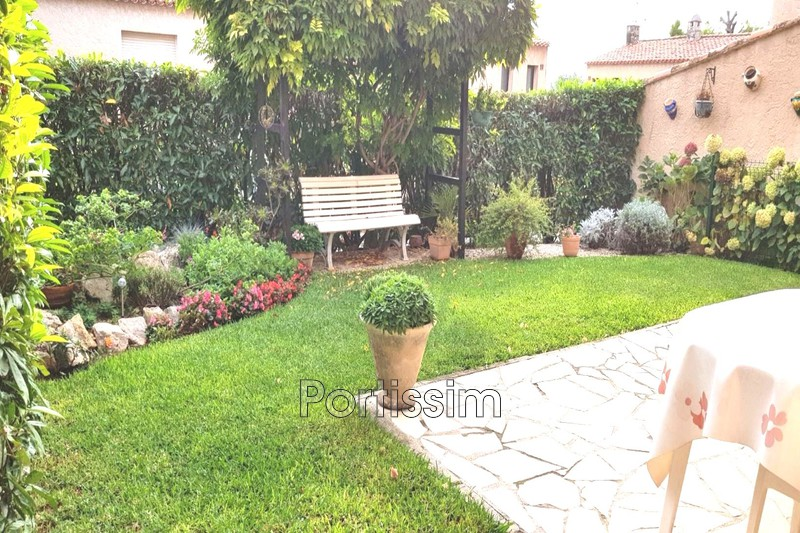 House Saint-Laurent-du-Var   to buy house  3 bedroom   81 m²