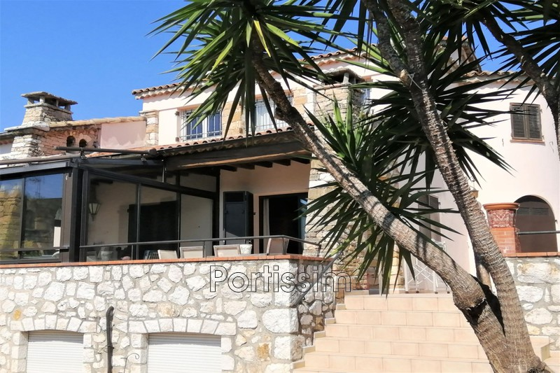 Photo Townhouse Saint-Laurent-du-Var Centre-ville,   to buy townhouse  6 bedroom   220 m²