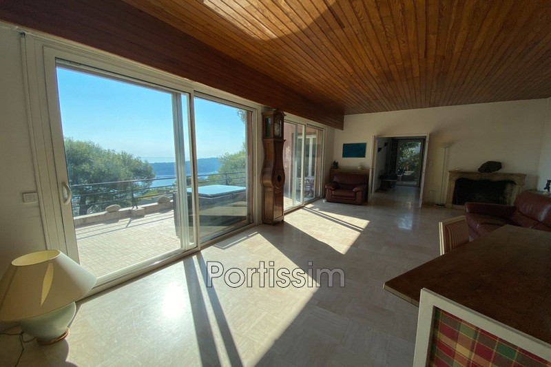 House Villefranche-sur-Mer   to buy house  5 bedroom   170 m²
