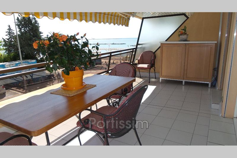 Photo n°2 - Vente appartement Saint-Laurent-du-Var 06700 - 995 000 €