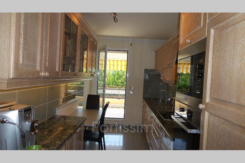 Photo n°7 - Vente appartement Saint-Laurent-du-Var 06700 - 995 000 €