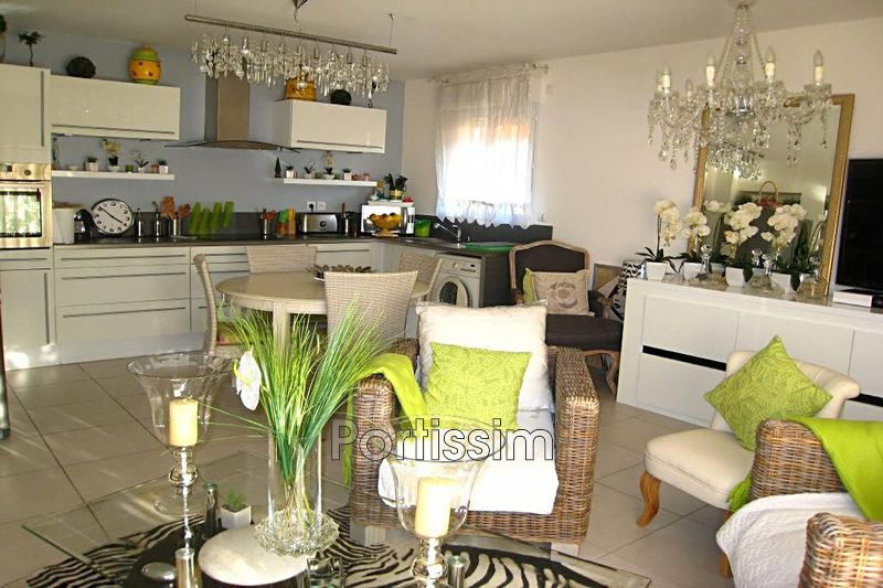 Photo Apartment Saint-Laurent-du-Var Plateaux fleuris,   to buy apartment  3 rooms   67 m²