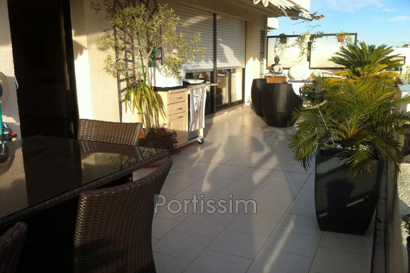 Photo Apartment Saint-Laurent-du-Var Bas plateaux fleuris,   to buy apartment  5 rooms   114 m²