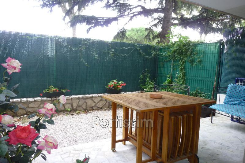Photo Apartment Cagnes-sur-Mer Hippodrome,   to buy apartment  1 room   28 m²