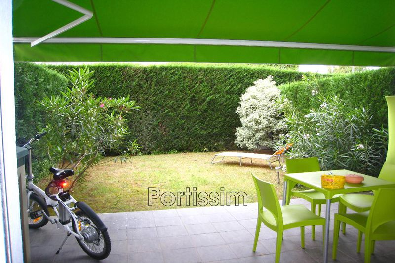Photo Appartement Saint-Laurent-du-Var Vespins,   achat appartement  1 pièce   22 m²