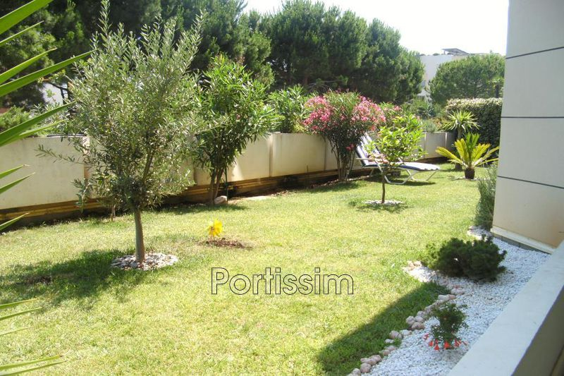 Photo Apartment Cagnes-sur-Mer Cros de cagnes,   to buy apartment  2 rooms   58 m²