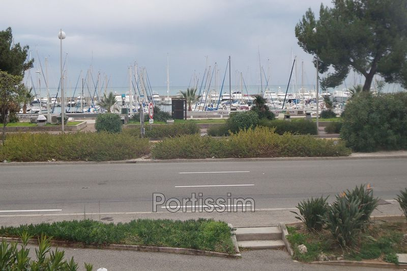 Apartment Saint-Laurent-du-Var Port,   to buy apartment  1 room   29 m²