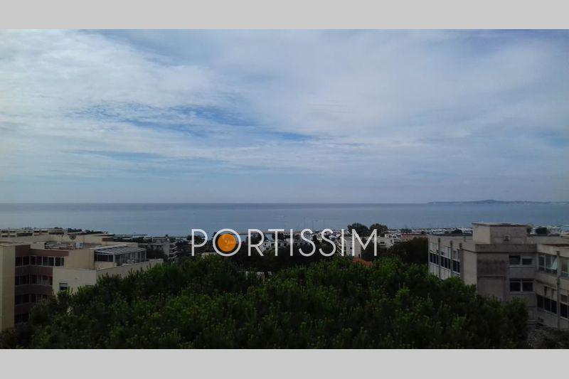 Photo n°5 - Vente Appartement villa sur le toit Saint-Laurent-du-Var 06700 - 735 000 €