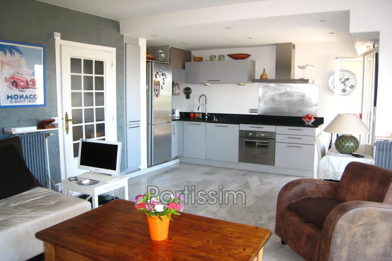 Photo Appartement Saint-Laurent-du-Var Port,   achat appartement  3 pièces   57 m²
