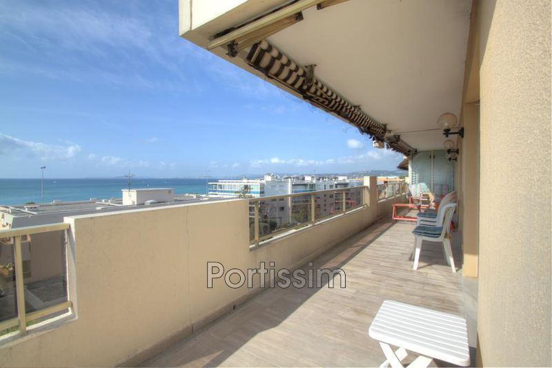 Photo Appartement Saint-Laurent-du-Var Vespins,   achat appartement  4 pièces   137 m²