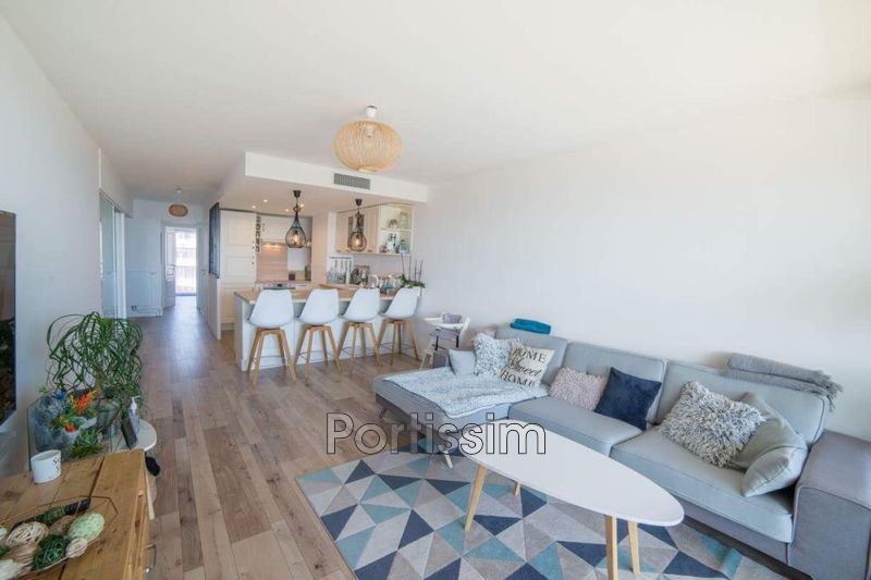 Photo Apartment Saint-Laurent-du-Var Plateaux fleuris,   to buy apartment  3 rooms   64 m²