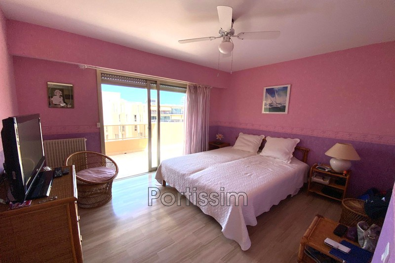 Photo Apartment Saint-Laurent-du-Var Vespins,   to buy apartment  2 rooms   65 m²