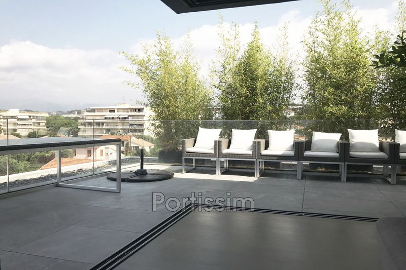 Photo Last floor Saint-Laurent-du-Var Vespins,   to buy last floor  3 rooms   110 m²
