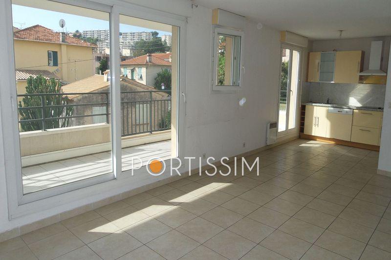Appartement Saint-Laurent-du-Var Centre-ville,   achat appartement  3 pièces   64m²