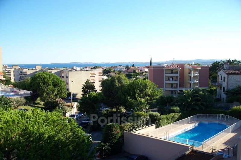 Photo Apartment Saint-Laurent-du-Var Plateaux fleuris,   to buy apartment  2 rooms   46 m²